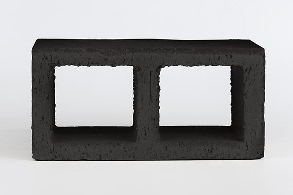 Celosia-Negra-211_pieraecoceramica